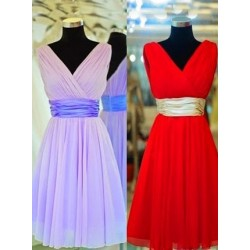 New Style Short V Neck Knee Length Pleats Chiffon Bridesmaid Dress